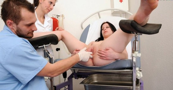 lussy-gets-her-pussy-inspected-by-a-hot-doctor